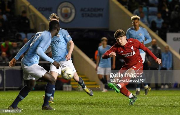 Bobby Duncan of Liverpool scores during the FA Youth Cup Final at Manchester City Football Academy on April 25 2019 in Manchester England