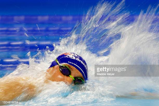 Bobby Finke of the United States competes in the Men's 1500m freestyle final during Day Eight of the 2021 U.S. Olympic Team Swimming Trials at CHI...