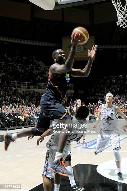 Bobby Jones of Acea competes with Casper Ware of Granarolo during the LegaBasket Serie A1 match between Granarolo Bologna and Acea Roma at Unipol...