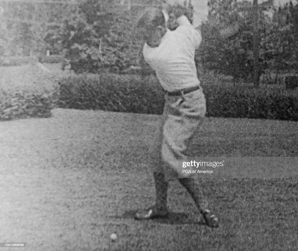 Bobby Jones Takes His Swing News Photo Getty Images
