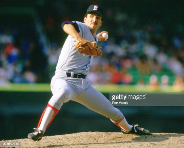 Bobby Ojeda of the Boston Red Sox pitches during an MLB game versus the Chicago White Sox at Comiskey Park in Chicago Illinois during the 1985 season