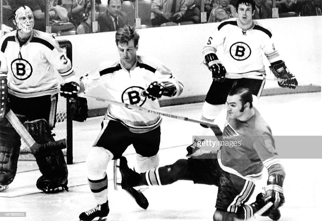 1970 Stanley Cup Final - Game 2:  Boston Bruins v St. Louis Blues : News Photo