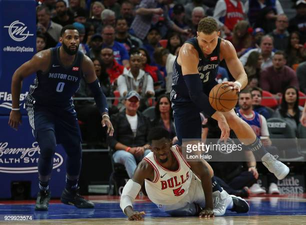 Bobby Portis of the Chicago Bulls and Blake Griffin of the Detroit Pistons battle for the ball during the second half of the game at Little Caesars...