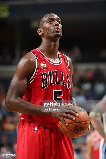 Bobby Portis of the Chicago Bulls shoots a free throw against the Memphis Grizzlies on April 5 2016 at FedExForum in Memphis Tennessee NOTE TO USER...