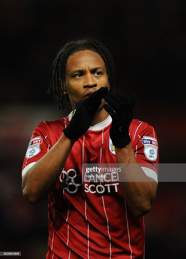 Bobby Reid of Bristol City applaudes the fans at the final whistle during the Sky Bet Championship match between Bristol City and Fulham at Ashton Gate on February 21, 2018 in Bristol, England.