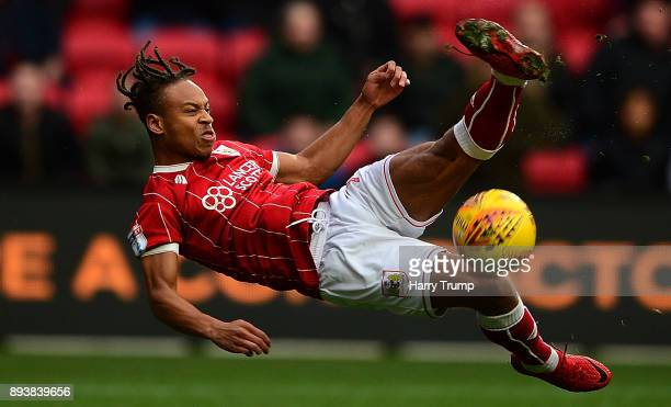 Bobby Reid of Bristol City attempts a shot during the Sky Bet Championship match between Bristol City and Nottingham Forest at Ashton Gate on...