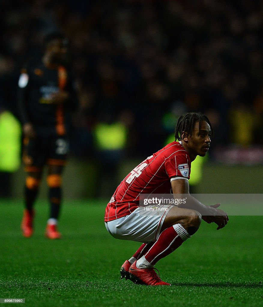 Bobby Reid of Bristol City cuts a dejected figure at the final whistle during the Sky Bet Championship match between Bristol City and Wolverhampton Wanderers at Ashton Gate on December 30, 2017 in Bristol, England.