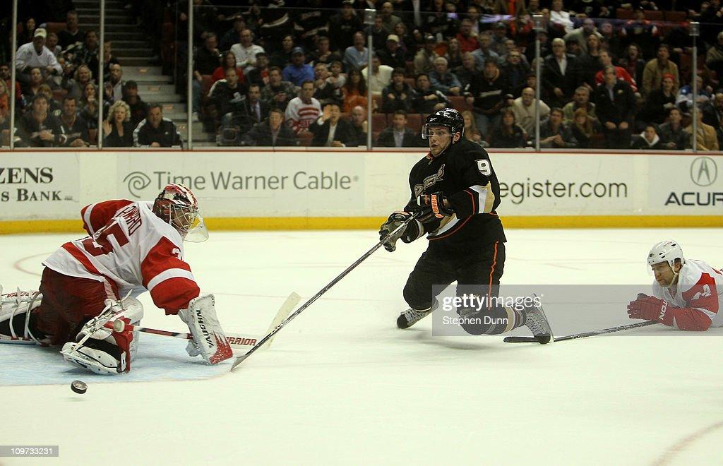 Detroit Red Wings v Anaheim Ducks : News Photo