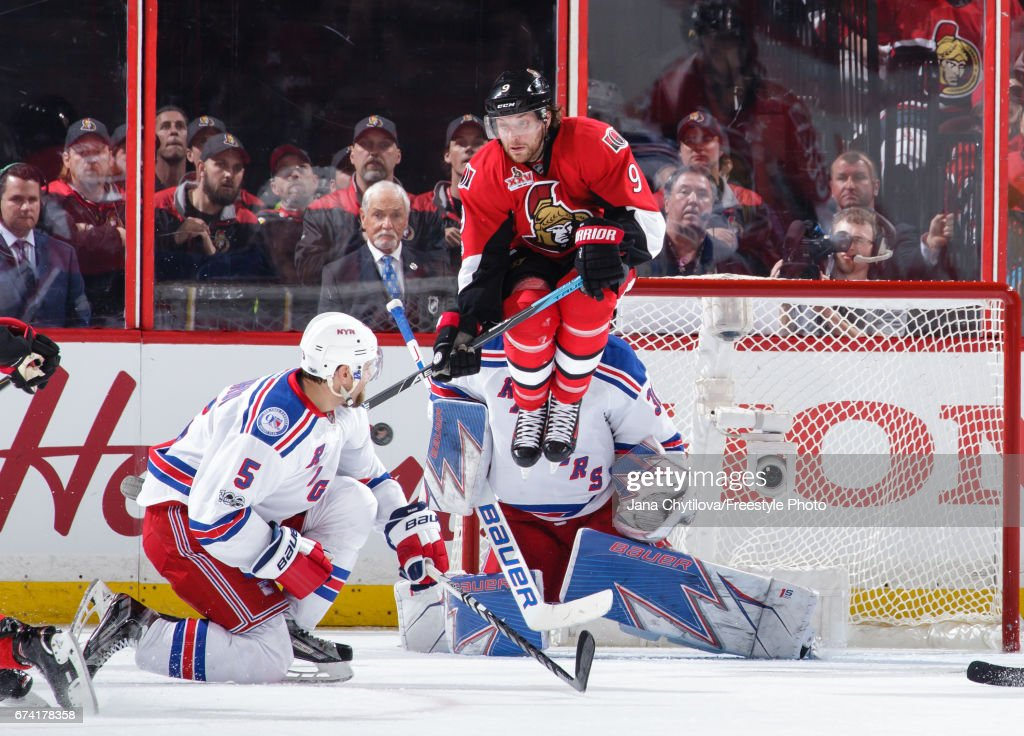 New York Rangers v Ottawa Senators - Game One : Nachrichtenfoto