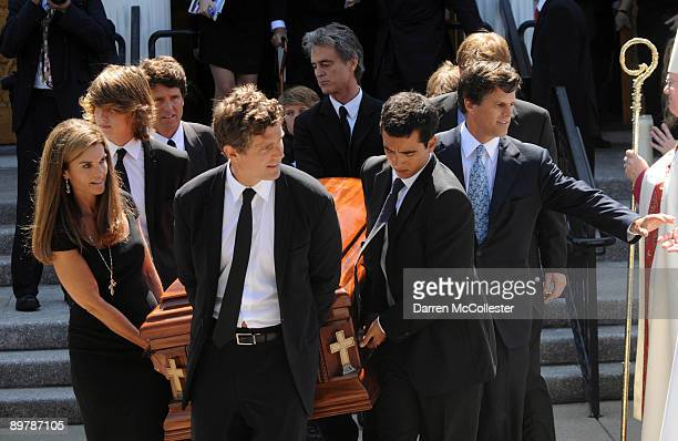 Bobby Shriver Patrick Schwarzenegger Maria Shriver Anthony Shriver Mark Shriver and Bobby Shriver carry the coffin of Eunice Kennedy Shriver out of...