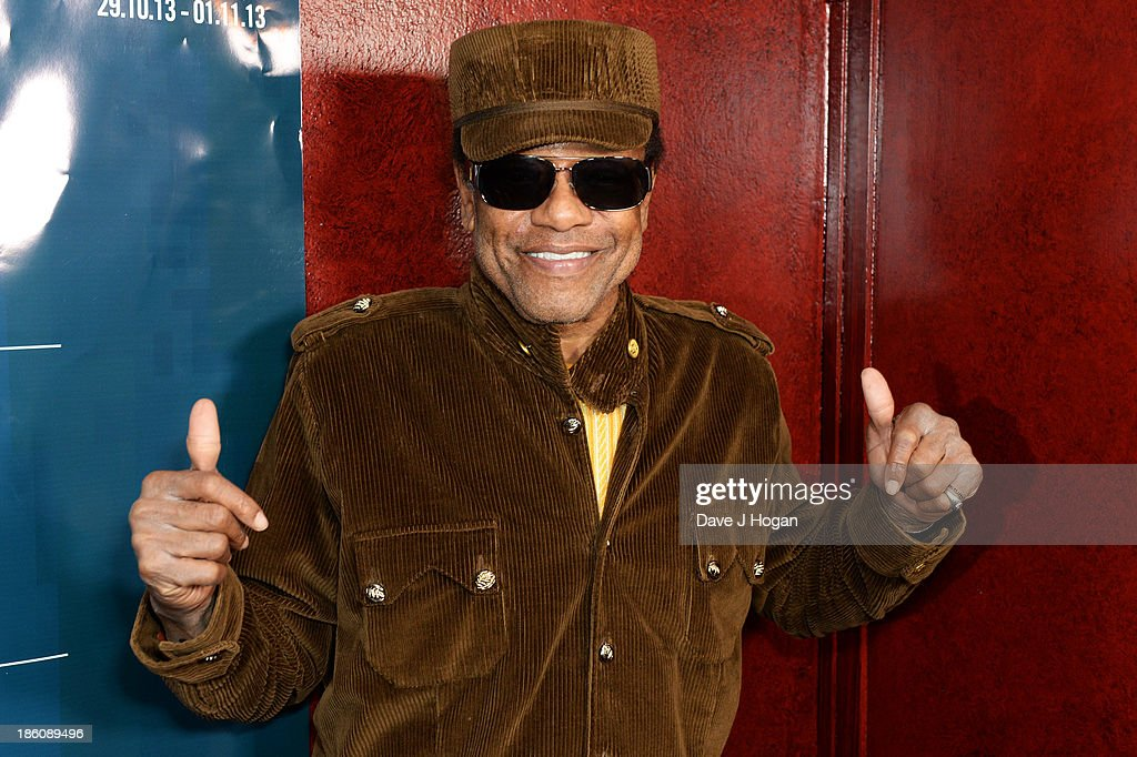 Bobby Womack poses as he accepts his Bluesfest Lifetime Achievement Award at a photocall for Bluesfest 2013 at The Royal Albert Hall on October 28, 2013 in London, England.