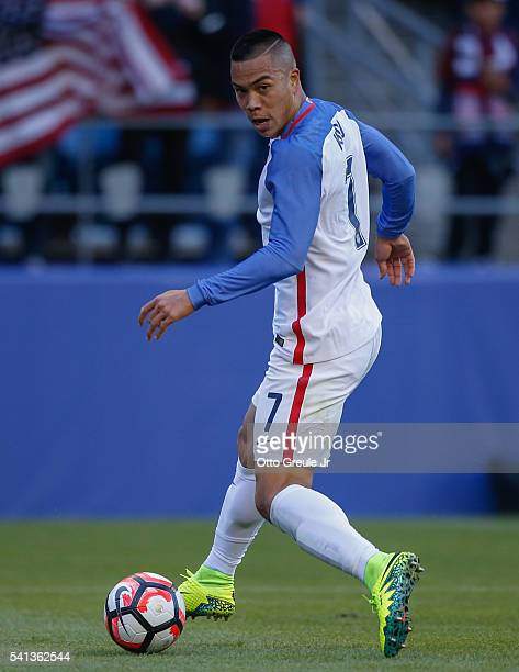 Bobby Wood of the United States dribbles against Ecuador during the 2016 Quarterfinal Copa America Centenario match at CenturyLink Field on June 16...