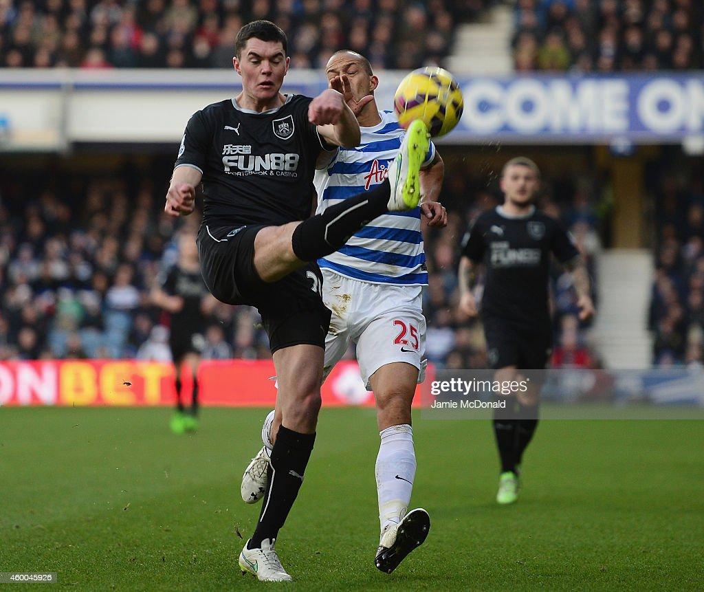 Queens Park Rangers v Burnley - Premier League : News Photo