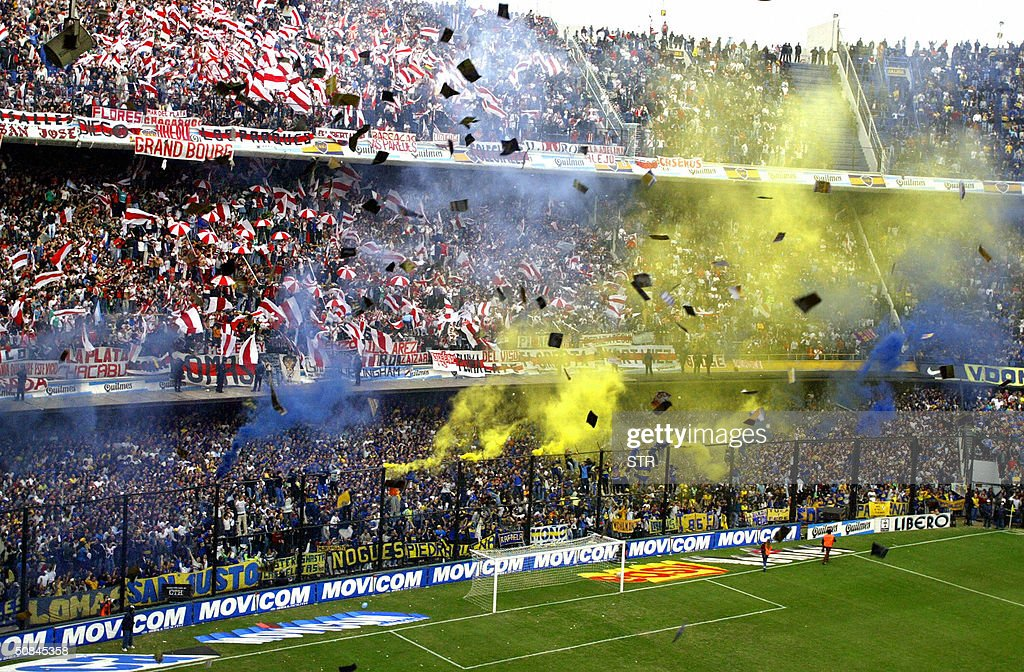 Boca Juniors and River Plate's fans chee : News Photo