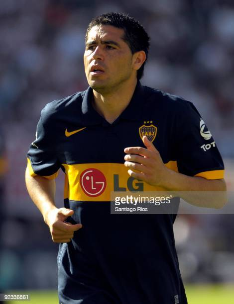 Boca Junior´s Juan Roman Riquelme in action during the Argentinean Championship Primera A match against River Plate on October 25, 2009 in Buenos...