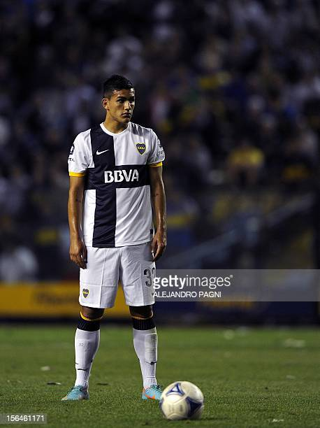 Boca Juniors' midfielder Leandro Paredes prepares to shoot a free kick against Newell's Old Boys during their Argentine First Division football match...