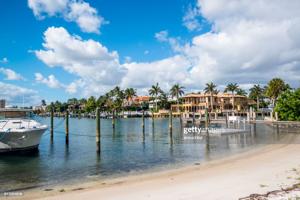Boca Raton marina with yacht and residential buildings, USA : Stock Photo