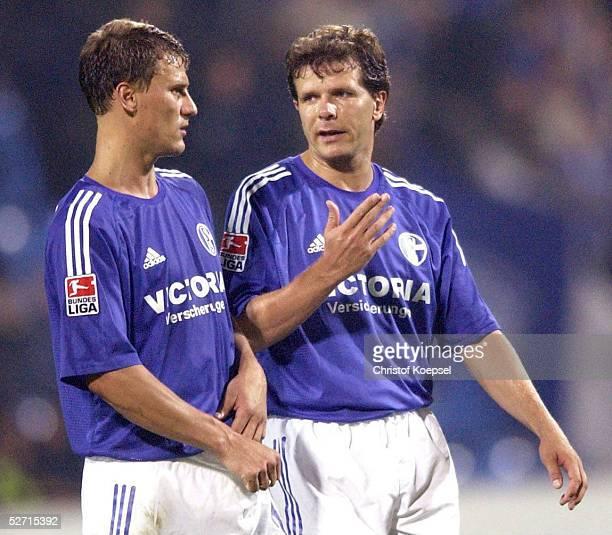 FINALE 2002 Bochum HERTHA BSC BERLIN FC SCHALKE 04 41 Ebbe SAND Andreas MOELLER/SCHALKE