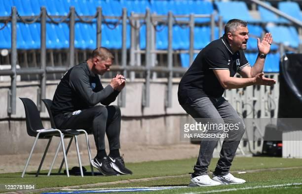 Bochum's German head coach Thomas Reis reacts during the German second division Bundesliga football match VfL Bochum v Jahn Regensburg in Bochum,...