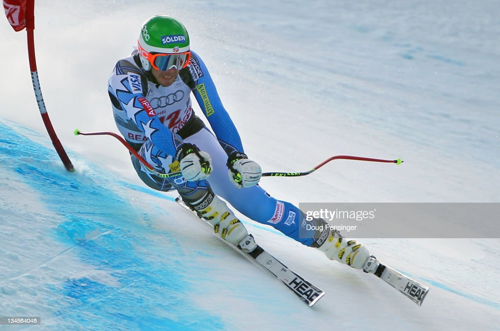Bode Miller descends the course en route to winning the downhill on The Birds of Prey during the Audi FIS World Cup on December 2, 2011 in Beaver Creek, Colorado.