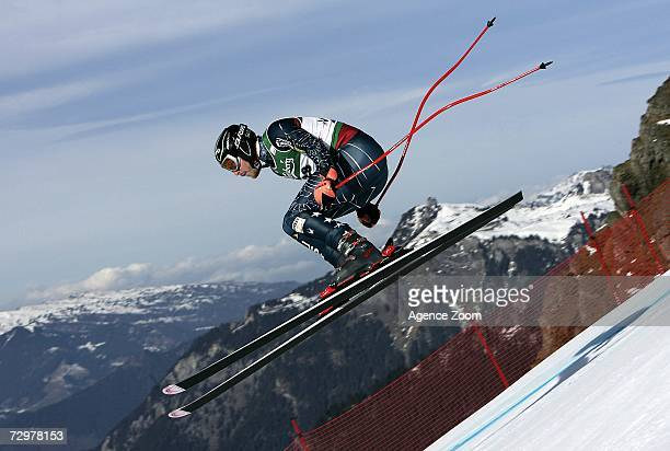 Bode Miller from the USA in action during the FIS Skiing World Cup Men's Downhill Training on January 11 2007 in Wengen Switzerland