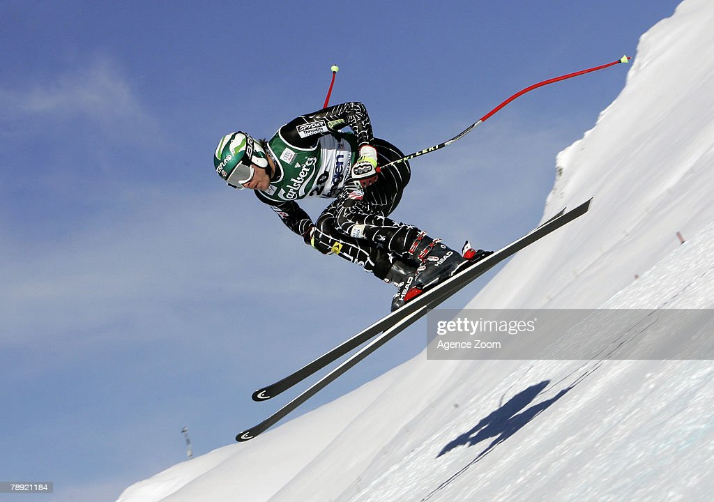 Bode Miller of United States competes on his way to taking 1st place during the Alpine FIS Ski World Cup Men's Downhill on January 13, 2008 in Wengen, Switzerland.