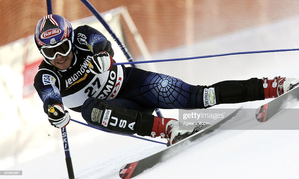 Bode Miller of USA competes during his first place finish in the Men's Super G at the FIS Alpine World Ski Championships on January 29, 2005 in Bormio, Italy.