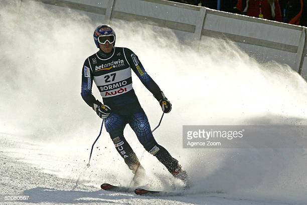 Bode Miller of USA competes during his first place finish in the Men's Super G at the FIS Alpine World Ski Championships on January 29 2005 in Bormio...
