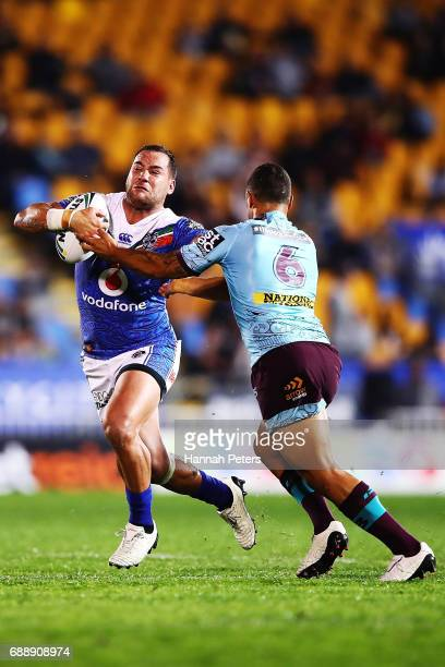Bodene Thompson of the Warriors charges forward during the round 12 NRL match between the New Zealand Warriors and the Brisbane Broncos at Mt Smart...