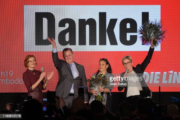 Bodo Ramelow of Die Linke, flanked by party co-chairwoman Katja Kipping , his wife Germana Alberti vom Hofe and party candidate Susanne...