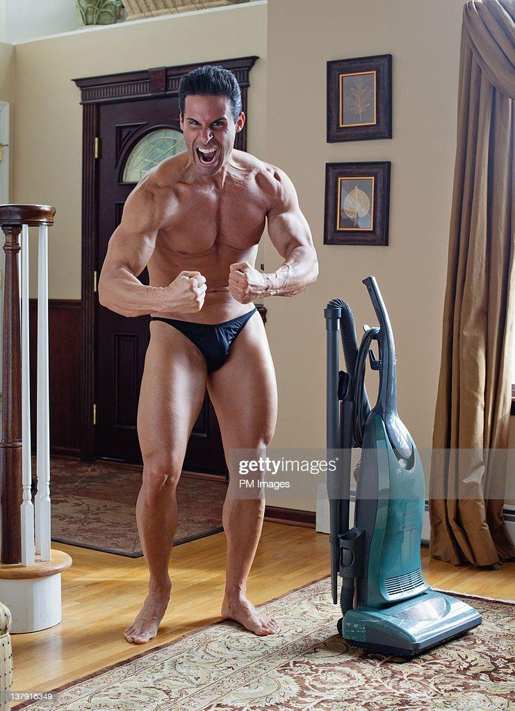 Body builder yelling at camera : Stock Photo