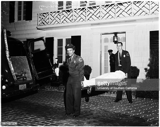 Body of Johnny Stompanato being removed from home of Lana Turner