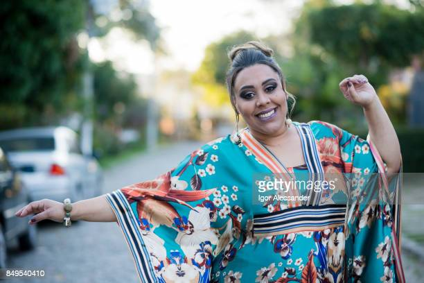 body positive, plus size model - equatorial guinea stock pictures, royalty-free photos & images