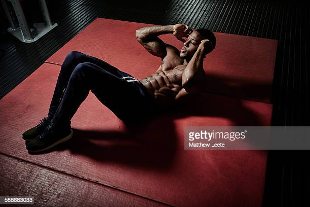 bodybuild - matthew hale stock pictures, royalty-free photos & images