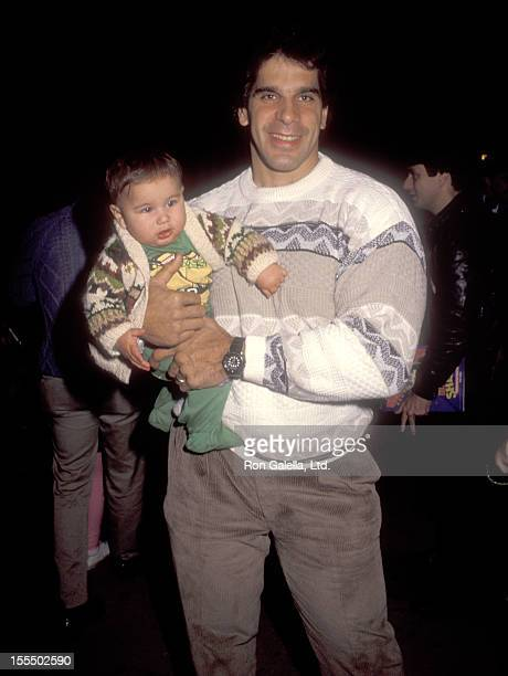 Bodybuilder and Actor Lou Ferrigno and son Brent Ferrigno attend the Teenage Mutant Ninja Turtles Universal City Premiere on November 21 1990 at...