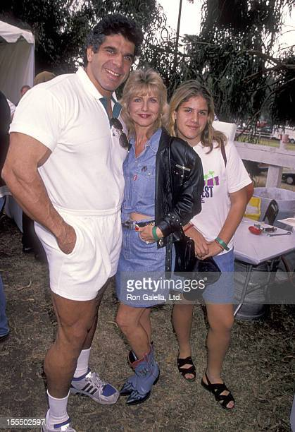Bodybuilder and Actor Lou Ferrigno wife Carla Green and daughter Shanna Ferrigno attend the UK vs LA Cricket Game Benefit AIDS on October 29 1994 at...