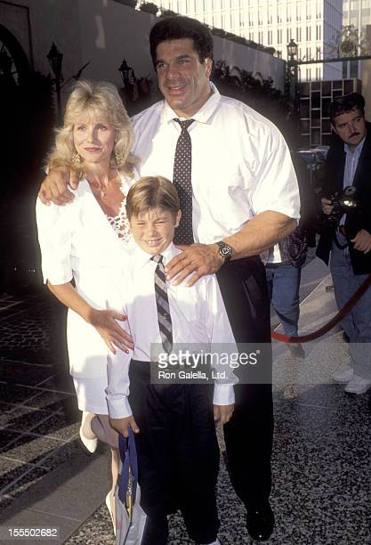 Bodybuilder and Actor Lou Ferrigno wife Carla Green and son Lou Ferrigno Jr attend the International Jewish Sports Hall of Fame on June 18 1992 at...