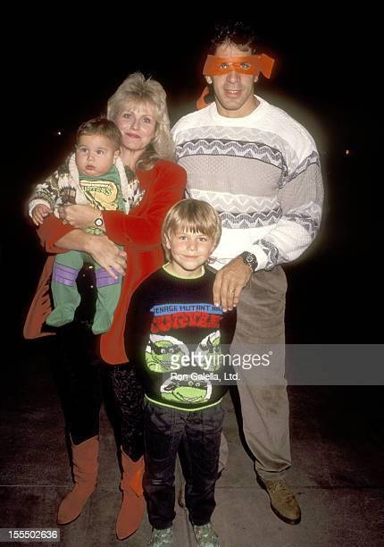 Bodybuilder and Actor Lou Ferrigno wife Carla Green son Lou Ferrigno Jr and Brent Ferrigno attend the Teenage Mutant Ninja Turtles Universal City...