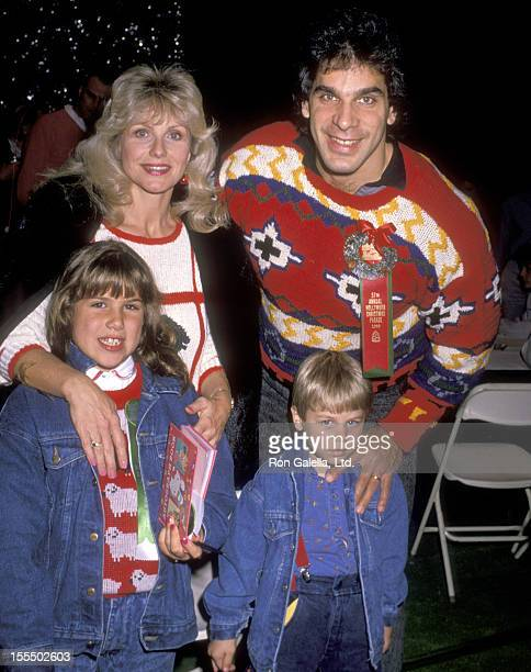 Bodybuilder Lou Ferrigno wife Carla Green daughter Shanna Ferrigno and son Lou Ferrigno Jr attend the 57th Annual Hollywood Christmas Parade on...