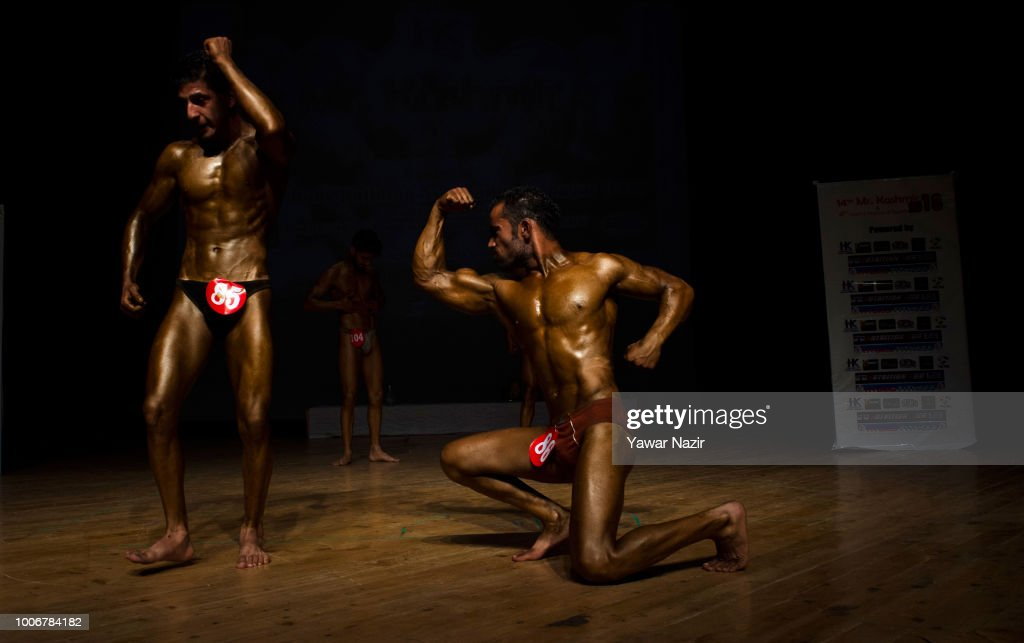Bodybuilders Strike A Pose During Mr Kashmir Body Building News Photo Getty Images