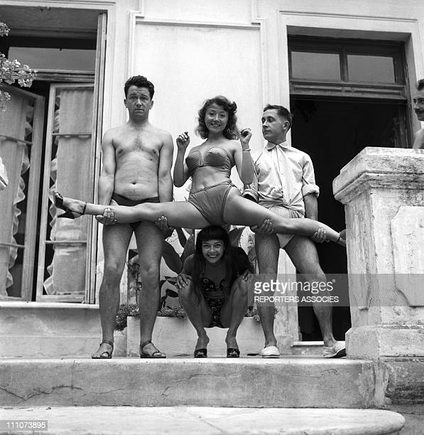 Body-building for Robert Dhery and Colette Brosset in France on December 31st, 1950 - Jacques Legras, Colette Brosset and Robert Dhery.