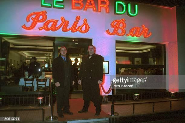 Bodyguards Türsteher †berraschungsParty zum 50 Geburtstag von A n g e l i k a M i l s t e r Berlin Deutschland Europa 'Paris Bar' Eingang