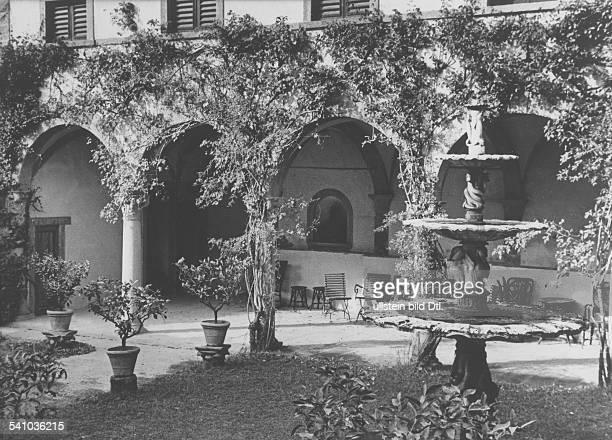 Boecklin Arnold *16101827Bildender Künstler Maler Bildhauer SchweizVilla Böcklin in Fiesole bei Florenz Italien undatiert