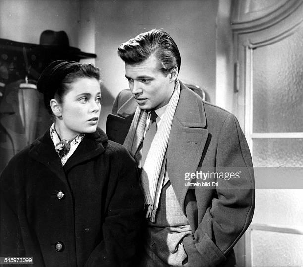 Boehm Karlheinz Actor Austria * Scene from the movie 'Die heilige Luege' with Ulla Jacobsson Directed by Wolfgang Liebeneiner West Germany 1955...