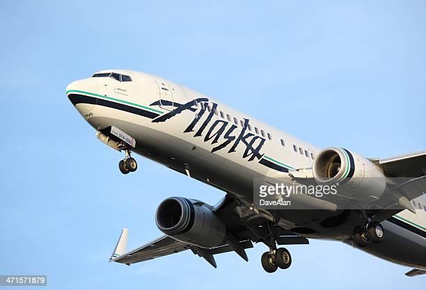 Boeing 737 Alaska Airlines.