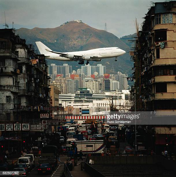 Boeing 747 Landing at Kai Tak Airport