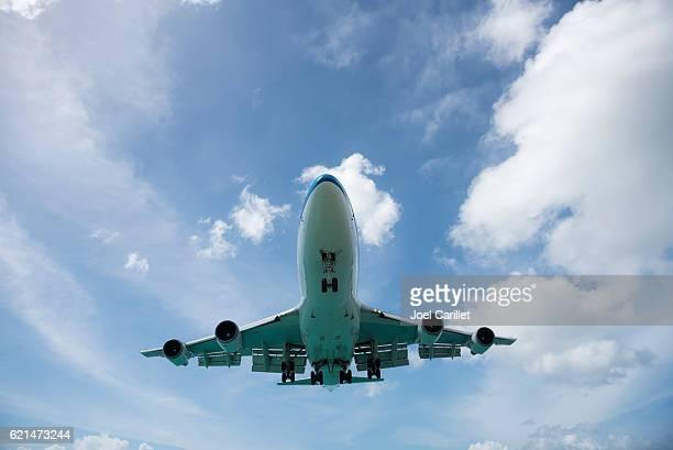 KLM Boeing 747 landing at Maho Beach, St. Maarten