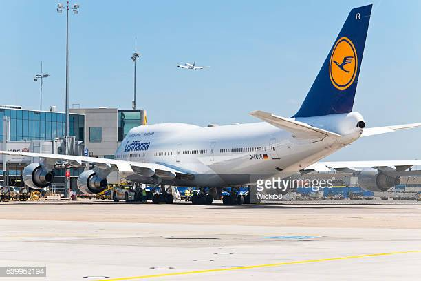 Boeing 747 prepared for start position
