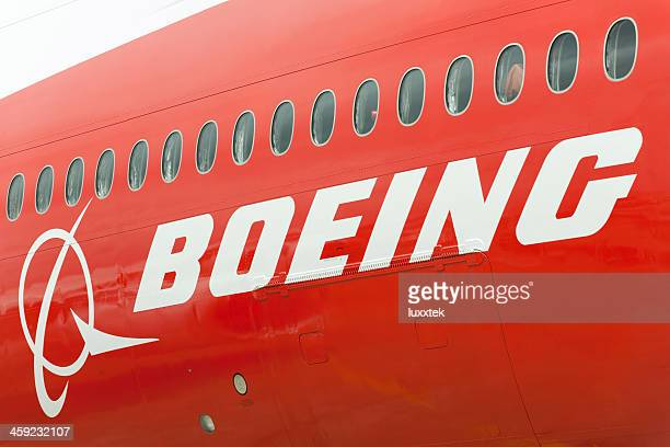 boeing 747-8 fuselage - boeing 747 8 stock photos and pictures