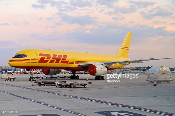 dhl boeing 757-200 aircraft at madrid airport - boeing 757 200 stock pictures, royalty-free photos & images
